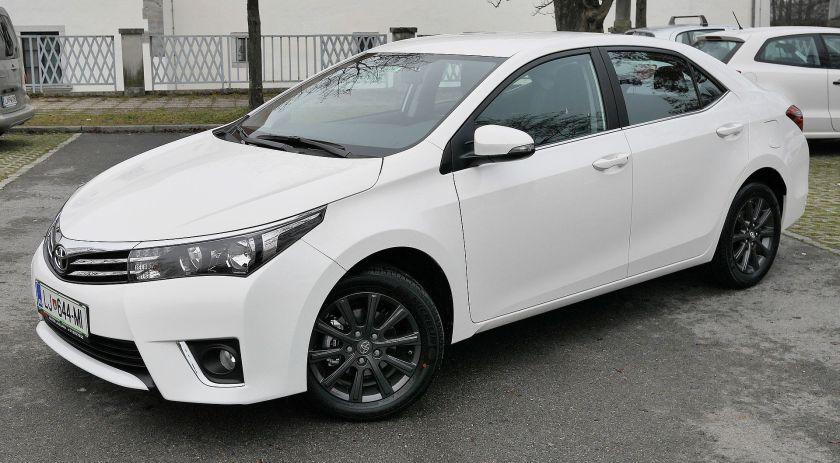 2016 Toyota_Corolla_Style_(2016_European_version)