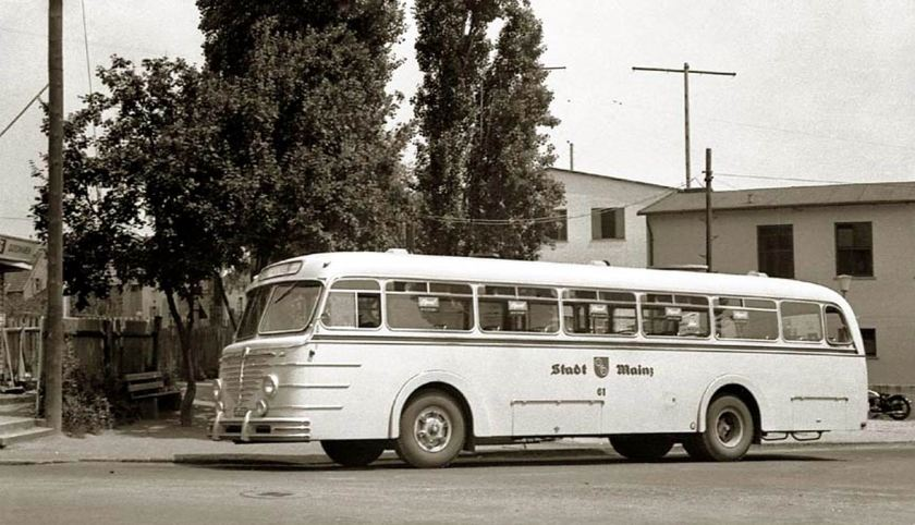 Büssing-Emmelmann-Busse 6500 T