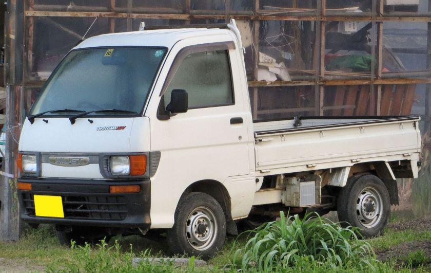 Daihatsu Hijet Truck 4WD (S110P, Japan)