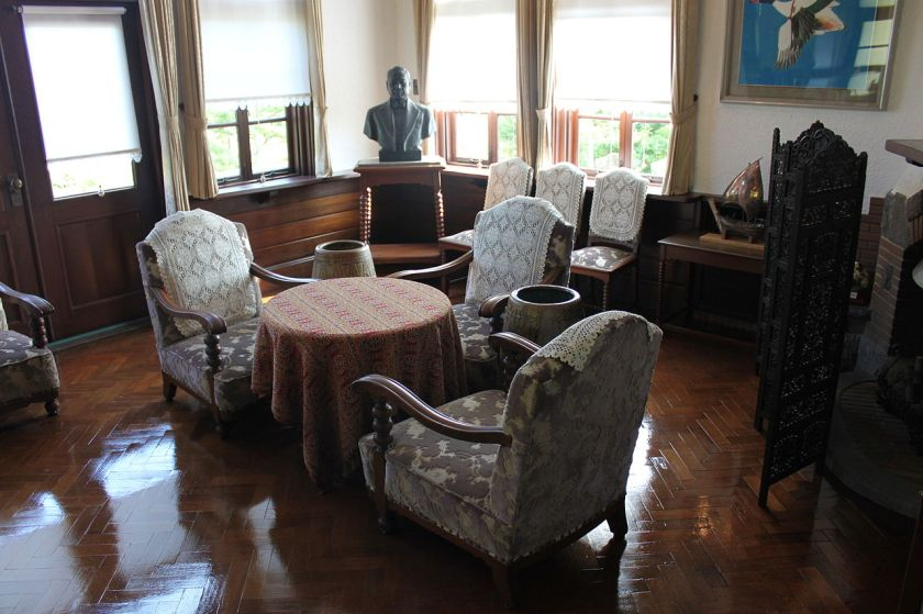 Kiichiro_Toyoda_House_Inside_Bertel-Schmitt