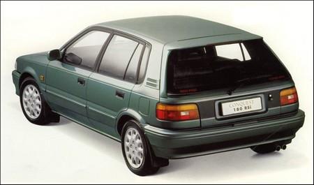 Toyota Carri or Toyota Corolla (E90)