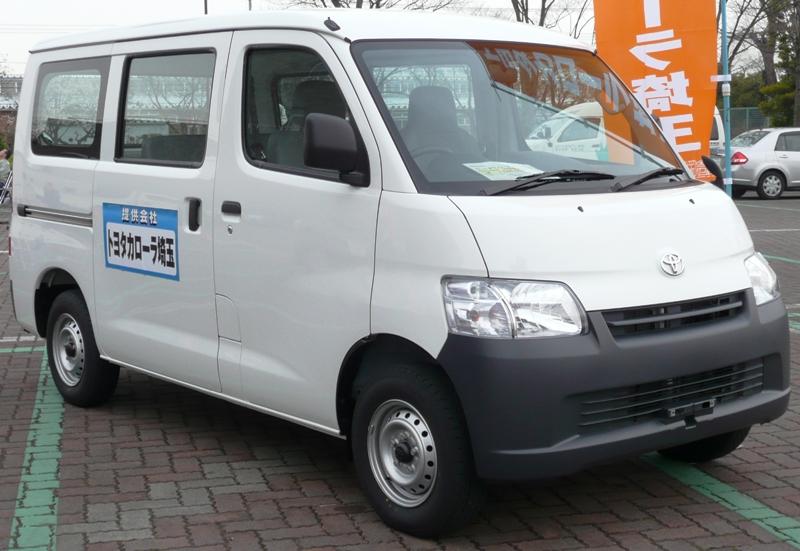Toyota TownAce van DX (S402M)