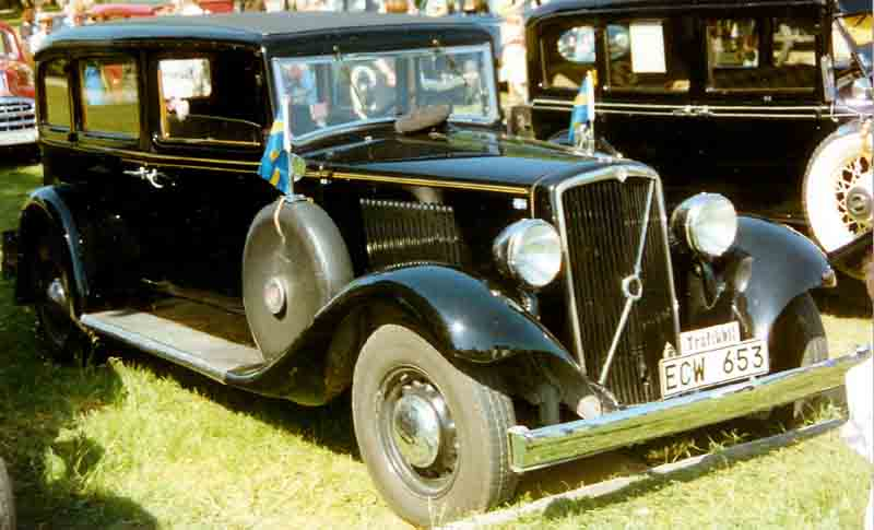 1937 Volvo TR704 4-door Sedan
