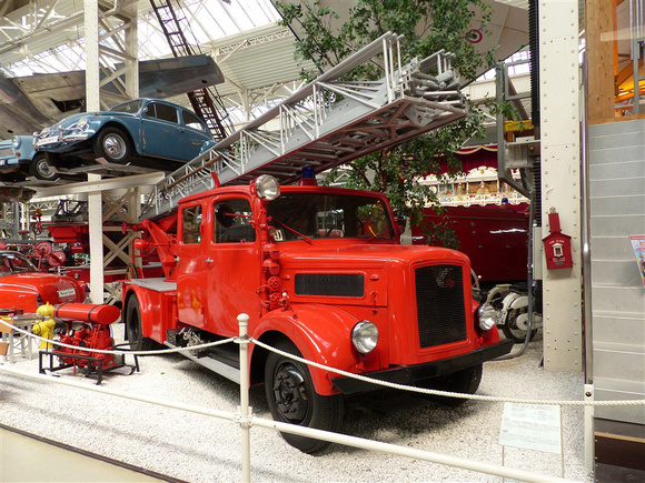 1951 Magirus S3500S DL22 Escape Ladder