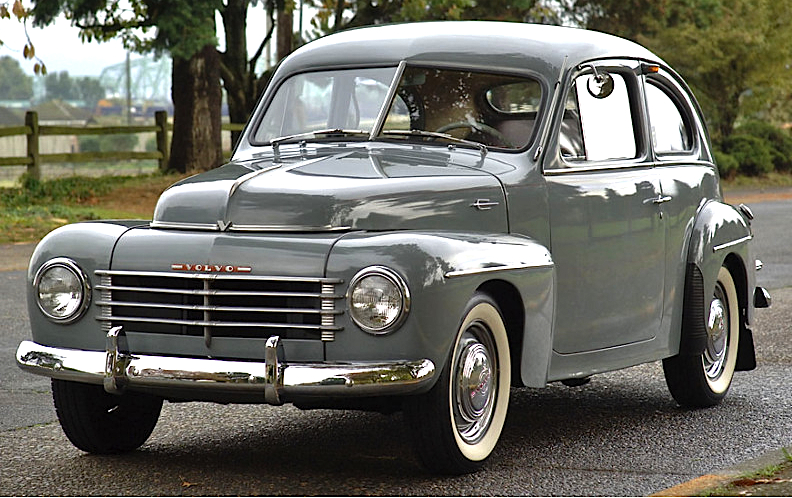 1953 Volvo PV444 fr