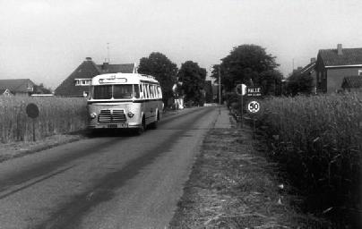1954 Magirus Deutz 0 3500-53A KHD F4L 145 90pk carr Hainje GTW109