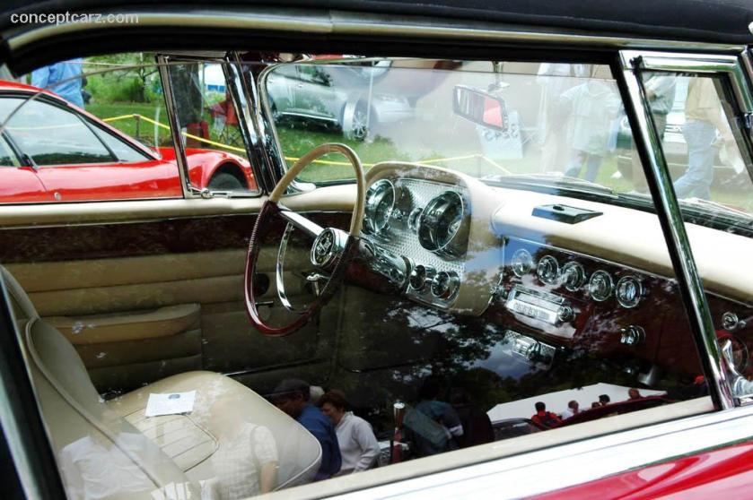 1957 Dual Ghia BY-06-GW i01 inside