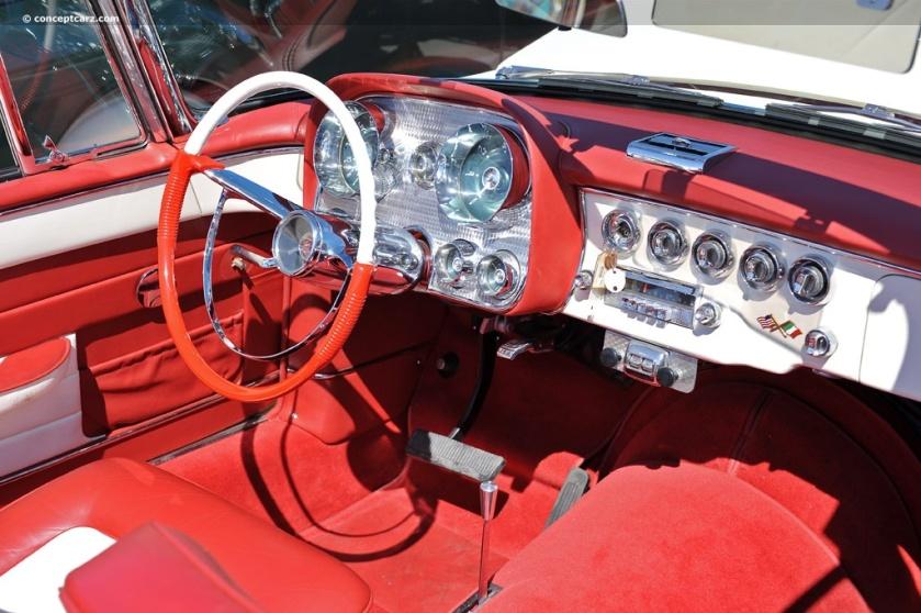 1957 Dual Ghia-Conv-DV-11-RMA i001 chassis 158 inside