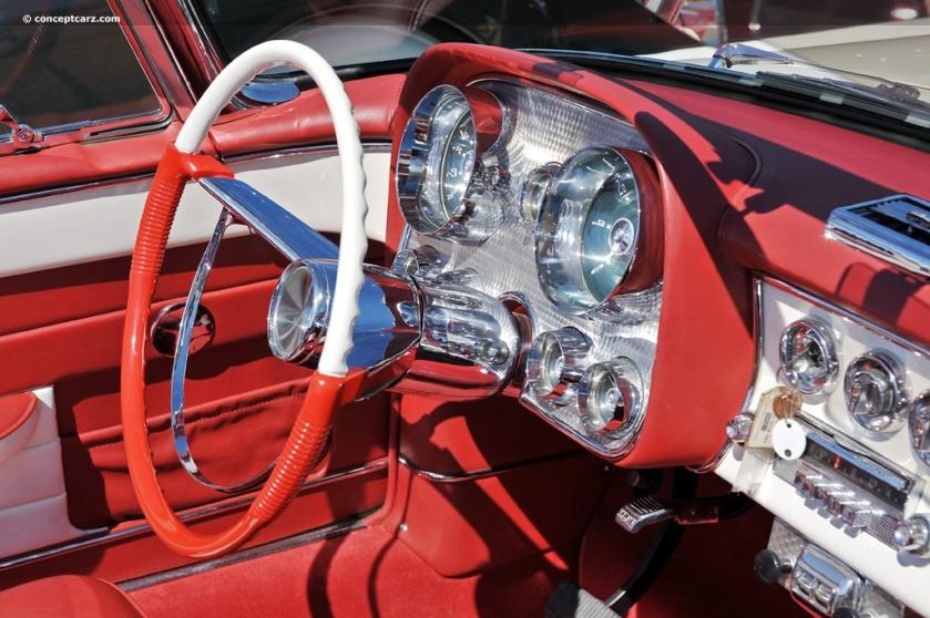 1957 Dual Ghia-Conv-DV-11-RMA i002 chassis 158 inside