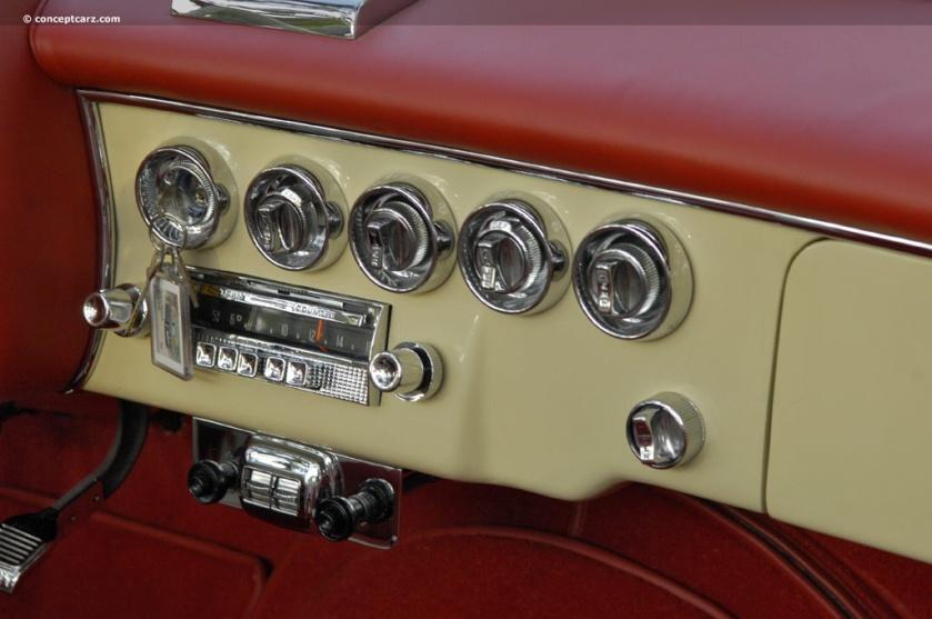 1957 Dual Ghia D-500 DV-08 GMG i03 inside