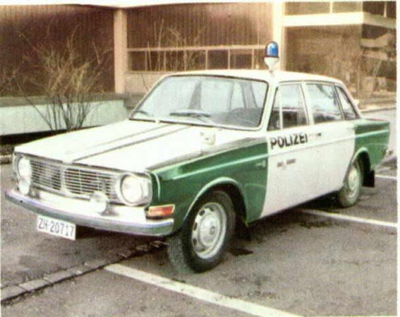 1969 Volvo 144 5