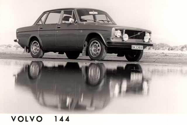 1971 volvo 144-bw