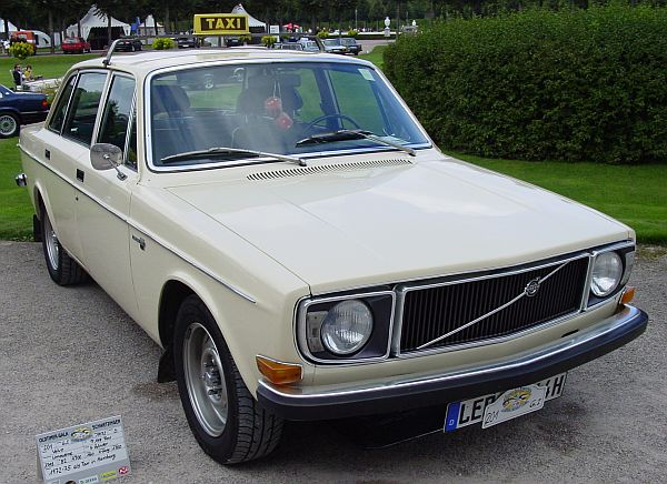 1972 Volvo 144 Taxi