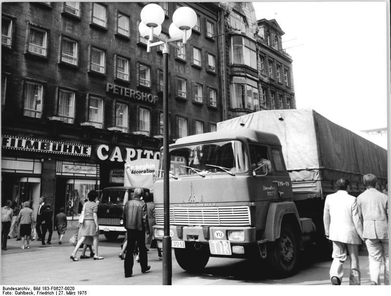 Leipzig, Petersstraße, Lastkraftwagen