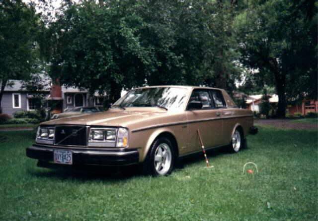 1977-81 Volvo 262 2