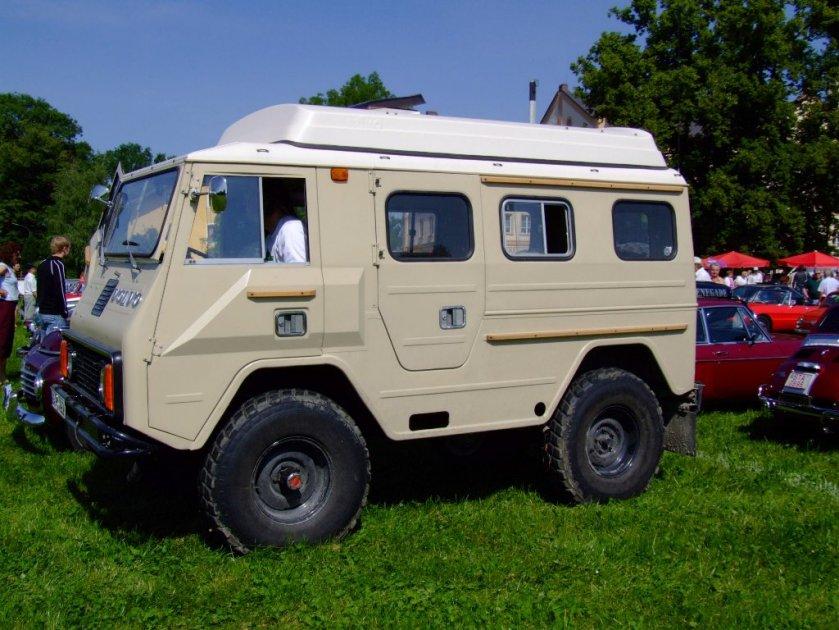 1980 Volvo C202 2