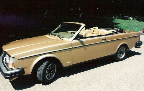 1981 Volvo 262 convertible gold