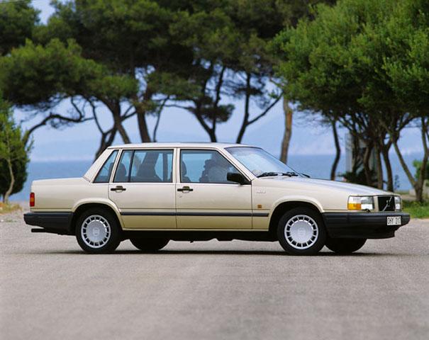 1982-92 Volvo 740 1