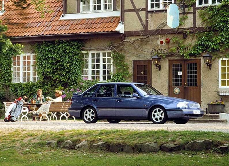 1985-97 Volvo 440 4