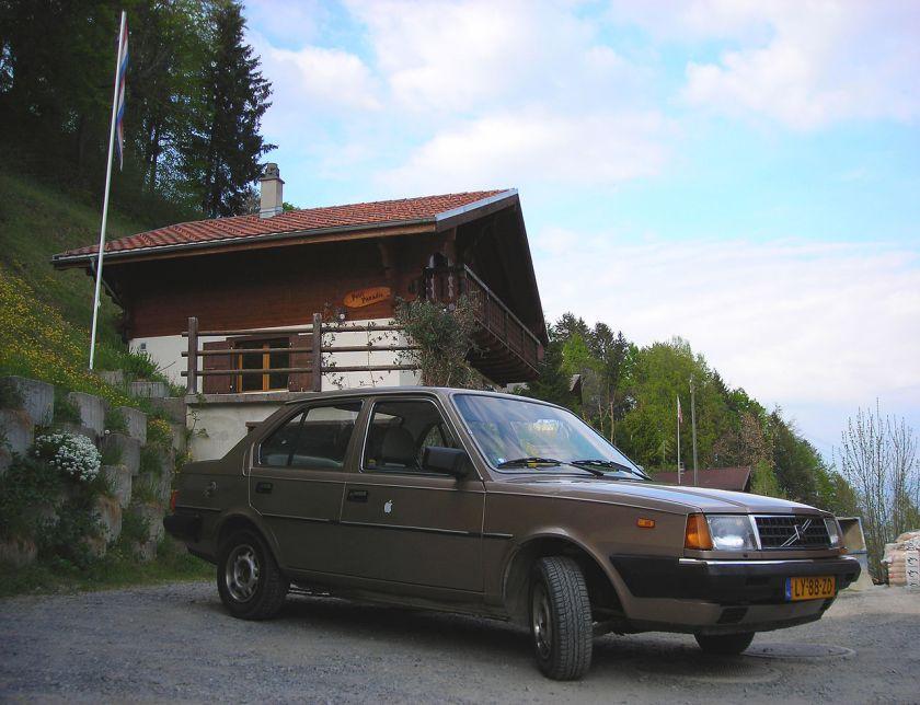 1985 Volvo 360