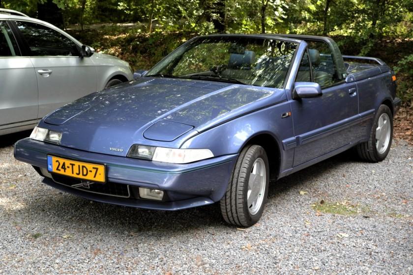 1986-95 Volvo 480 Cabriolet