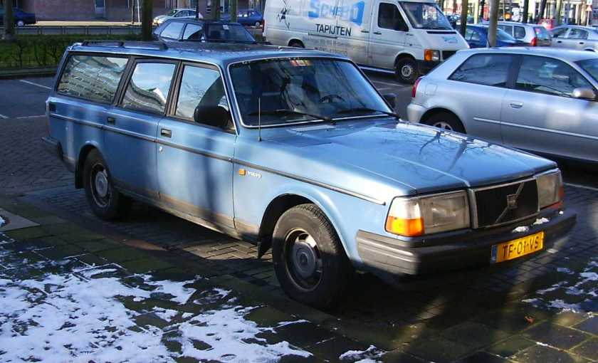 1988 Volvo 245 Estate