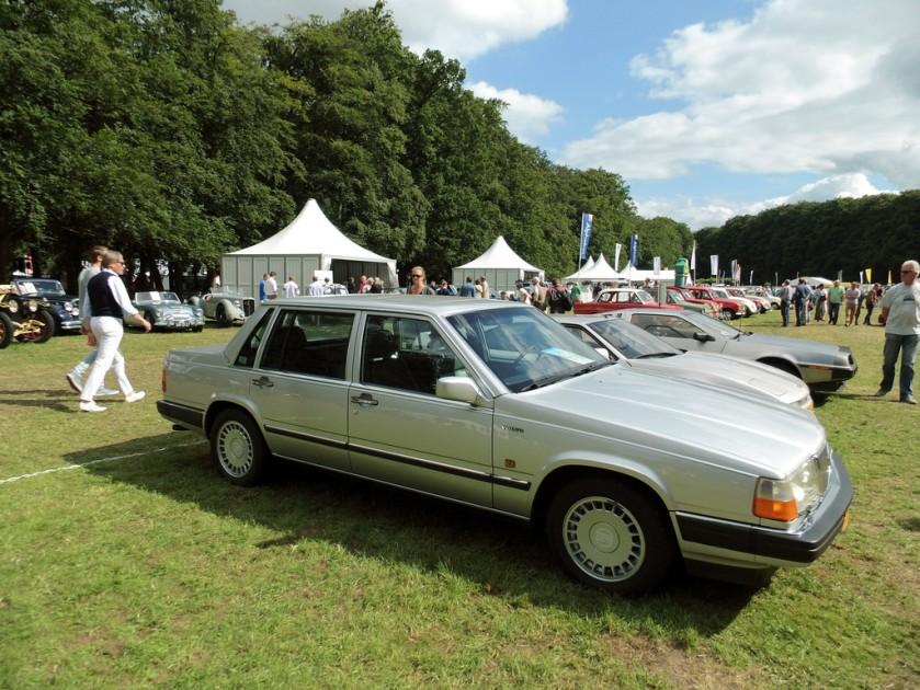 1989 Volvo 760 GLE op Concours d' Elegance Het Loo