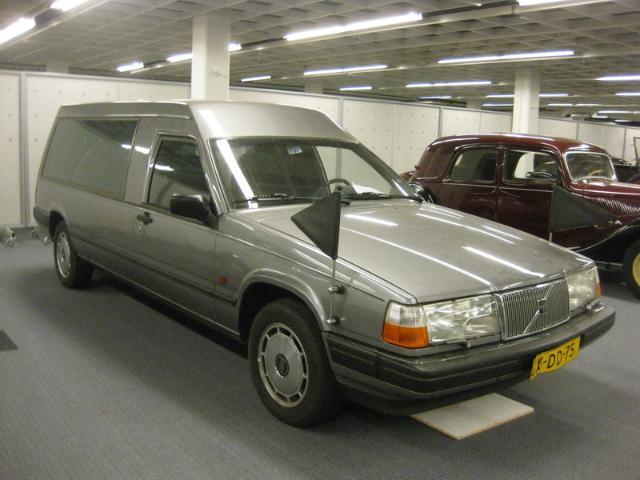 1990-98 volvo 940-hearse