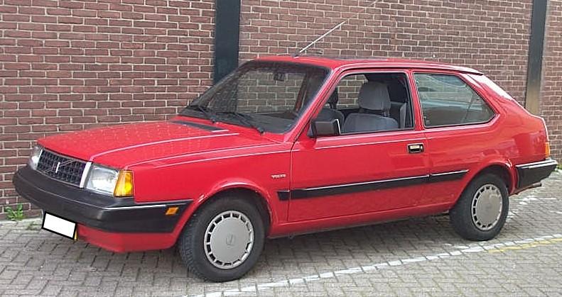 1990 Volvo 340 GL red