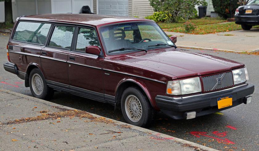 1993 Volvo 240 Classic Wagon (US)