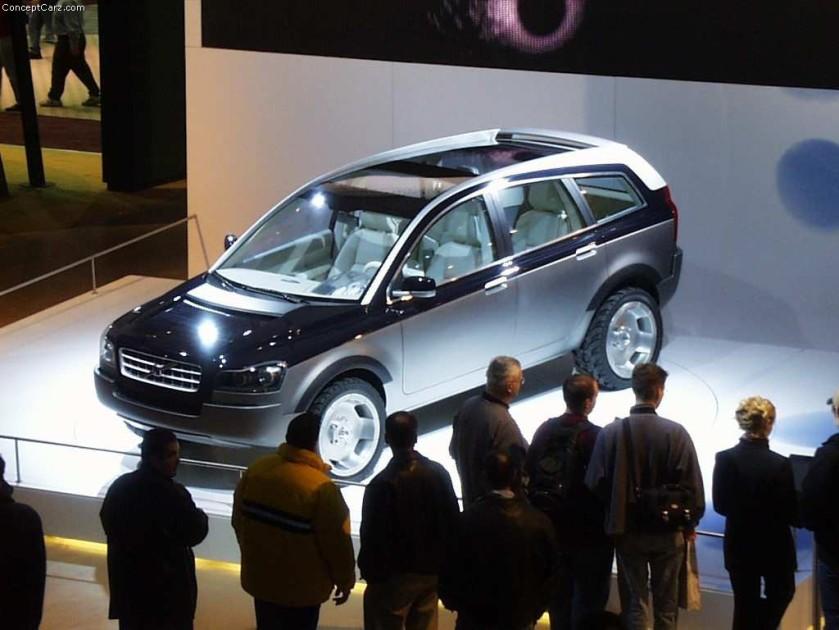 2001 Volvo ACC Concept Image Detroit