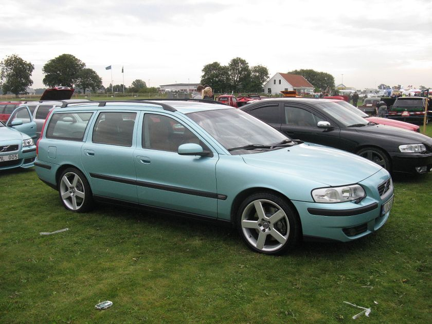 2002 Volvo V70 R AWD pre-facelift (SWE)