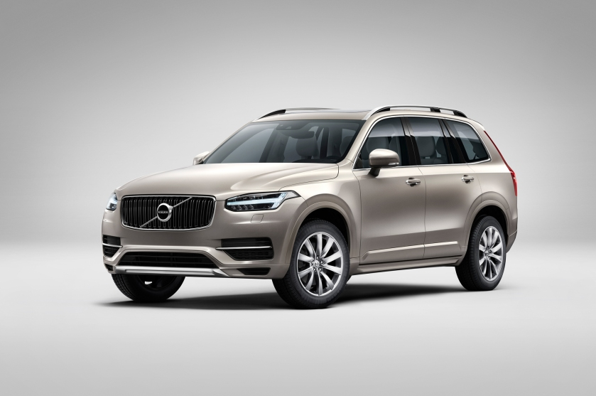 2016 Volvo-XC90-front-three-quarters