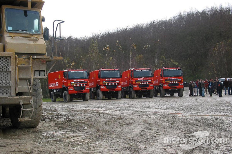 dakar-dakar-2007-team-de-rooy-presentation-the-ginaf-x2223-rally-trucks-daf-faz-cf85-625-s