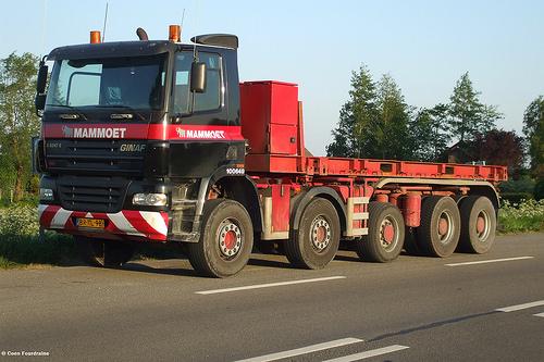 Ginaf 5247E Mammoet Transport