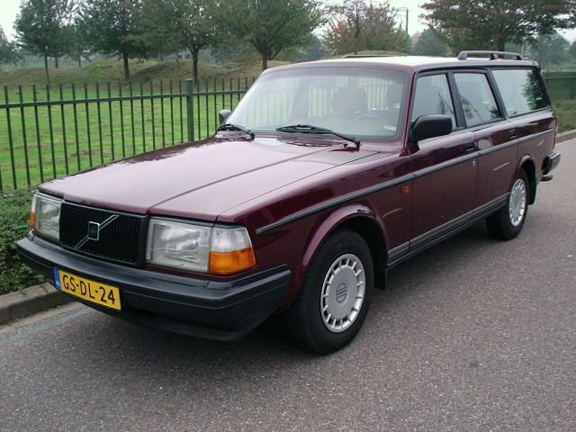 Volvo 240 estate, Polar edition