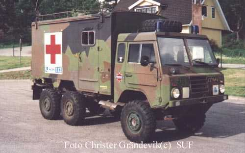 volvo c303-6x6-ambulance-10