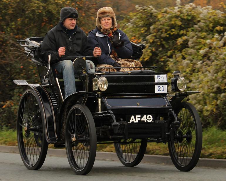 1898 Peugeot 6HP Vis-à-vis