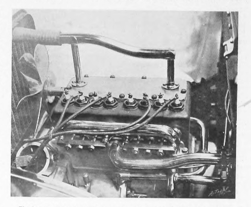 1905 Rover 10-12hp 4-cylinder engine the four-cylinder engine of the 10-12 hp Rover car