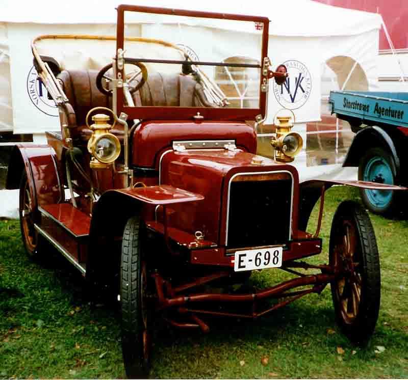 1905 Rover E-698