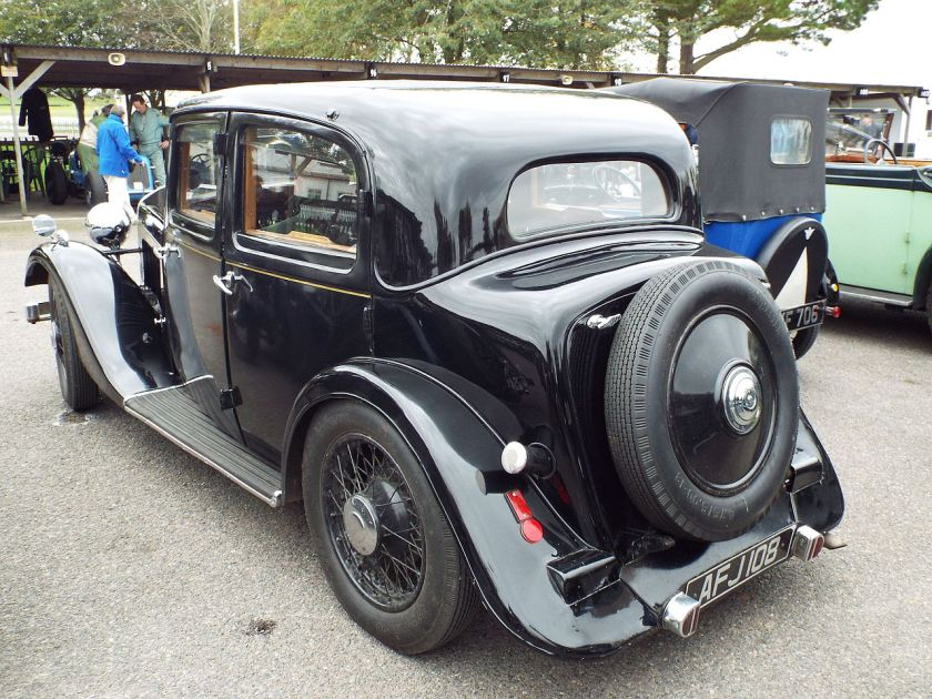 1934 Rover 12 sports saloon (15471572958)