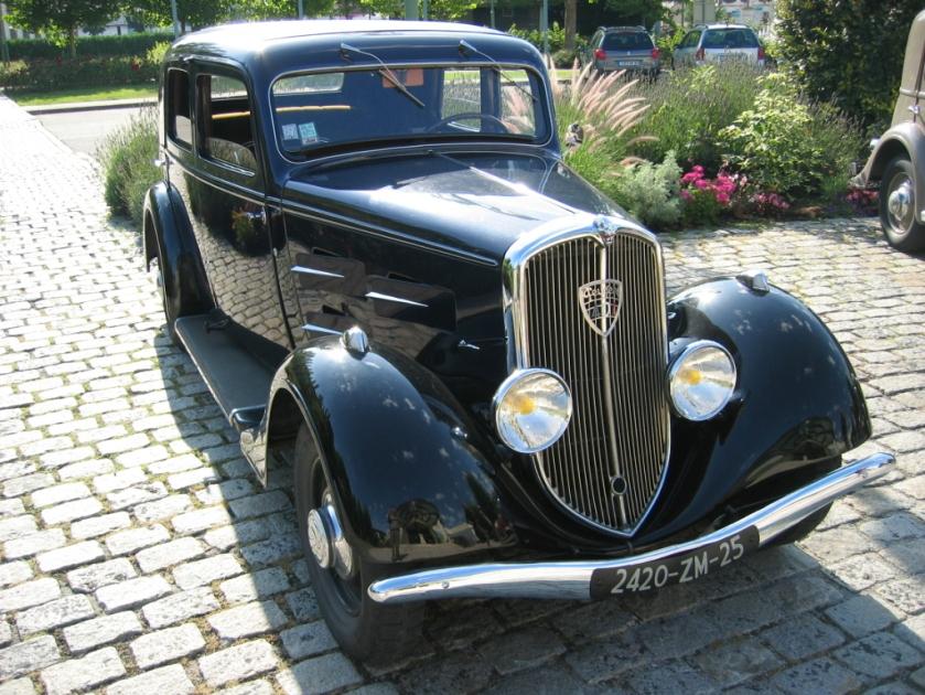 1938-39 Peugeot 401 001