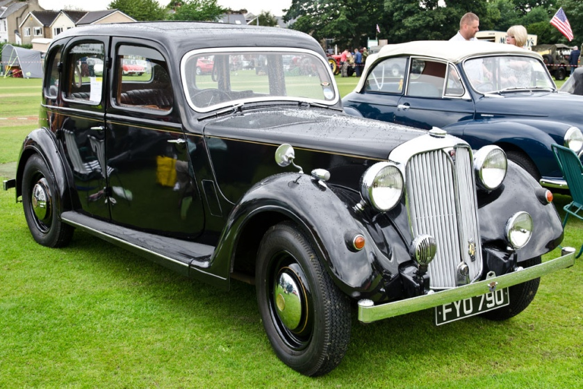 1939 Rover 14 6-Light Saloon P2