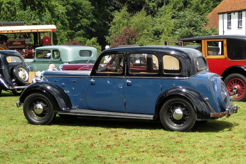1947 Rover 16 6-light saloon Witham