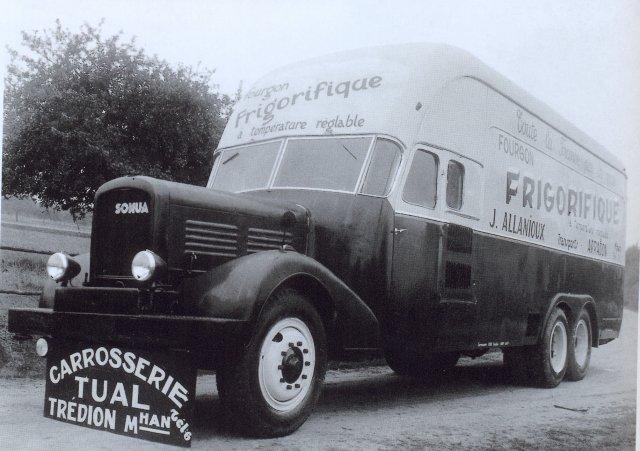 1947 Somua long nez en six roues de 1947