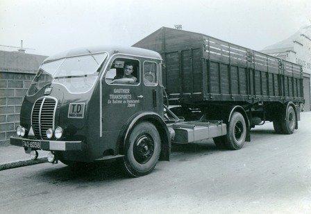 1953 SOMUA JL 17 refait à neuf de 1953 38