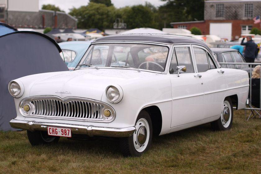 1957-63 Simca Ariane wit wikipedia
