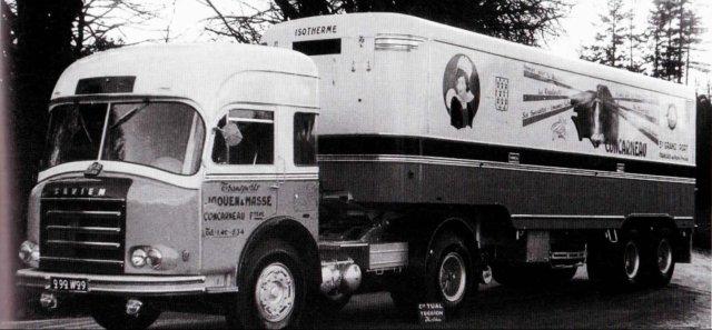 1958 Somua à la base, rebadgé Saviem avec un calandre de JL 20 par Tual, tracteur semi frigo