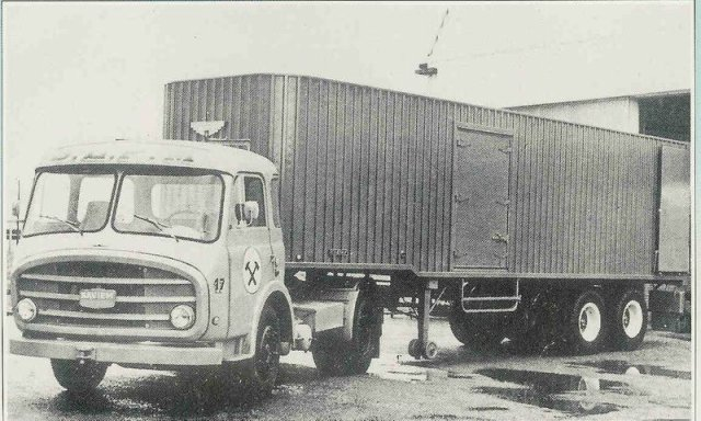 1958 SOMUA JL19 T baptisé LRS en tracteur routier en 1958, moteur 150 cv D615H d' origine SOMUA
