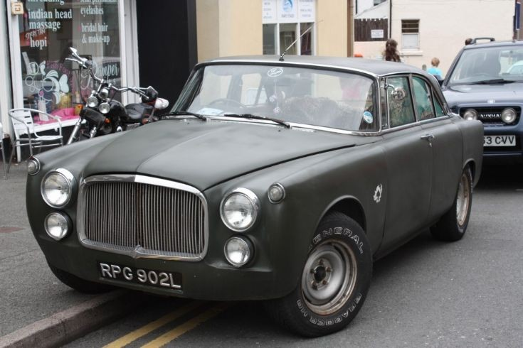 1964 Rover Coupe b
